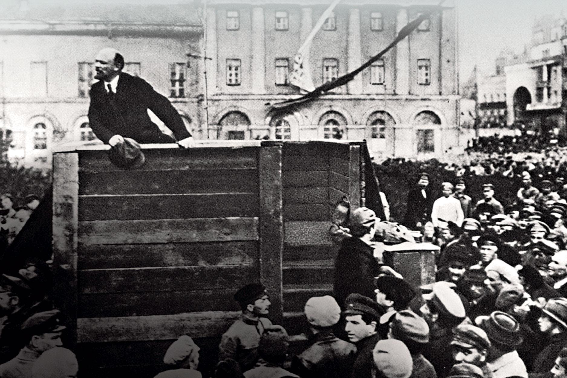 LeninandTrotsky2